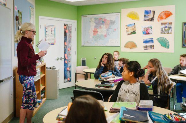 Santa Cruz Montessori Wavecrest Jr High Spanish Class